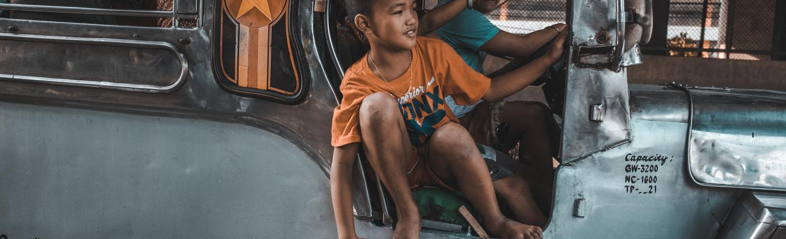 Filipino boy in Manila, Philippines. Photo by Bash Carlos