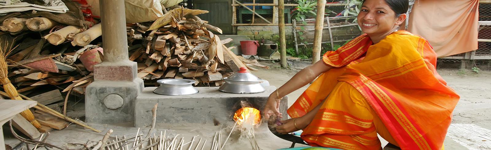 Bangladesh, woman cooking. Jibon Ahmed